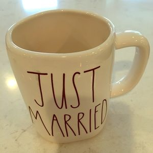 "NWT Rae Dunn ""JUST MARRIED"" Mug!"